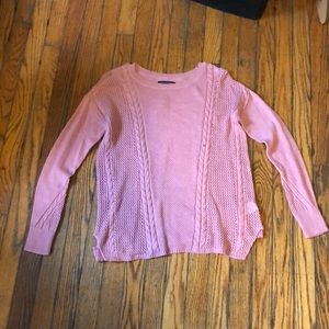 long sleeve salmon colored sweater